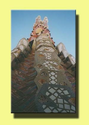 Gaudi_spires_1999