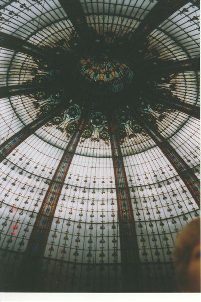 Galeries_lafayette_paris_1999